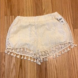 NWT Lush Tassel Lace Cream Shorts